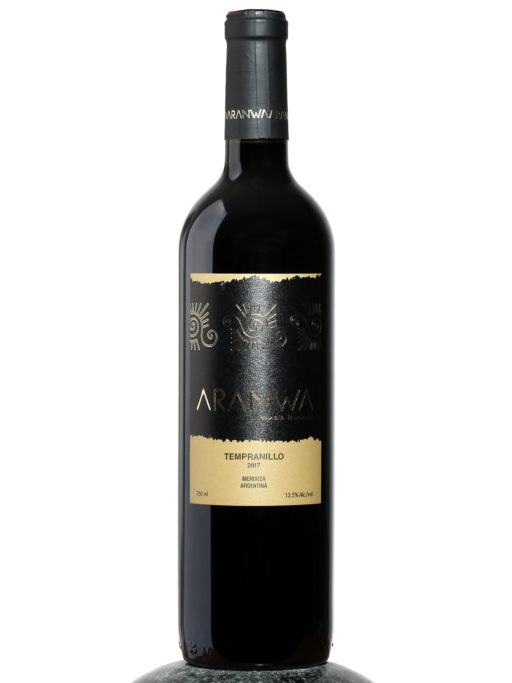 bottle of Aranwa Tempranillo wine