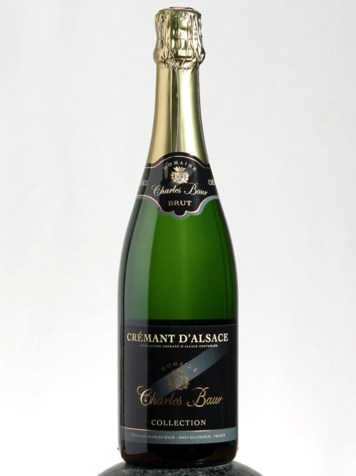 bottle of Charles Baur Cremant D´Alsace wine