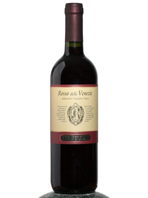 bottle of De Feudis Rosso delle Venezie wine